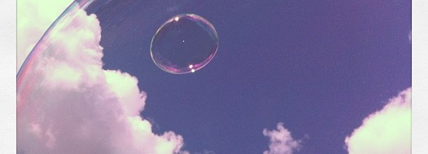 <b>Bubble</b>– Photo with Instagram